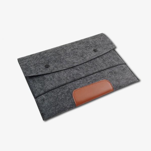 felt - flet-laptop bag2-1.jpg